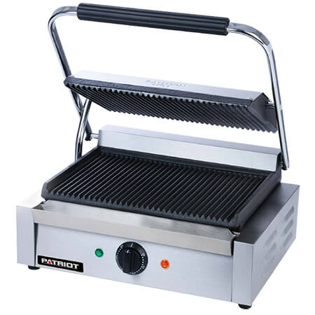 "13-1/4"" x 9-1/4"" Smooth Surface Sandwich Grill"