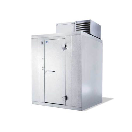 "Harford Kolpak Self Contained with Floor Outdoor Walk-In Cooler 5'10"" x 7'9"" x 7'6-1/4"""