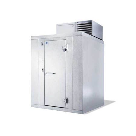 "Harford Kolpak Self Contained with Floor Outdoor Walk-In Cooler 7'9"" x 7'9"" x 7'6-1/4"""