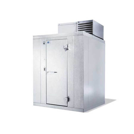 "Harford Kolpak Self Contained with Floor Indoor Step-In Freezer 5'10"" x 3'11"" x 6'6-1/4"""