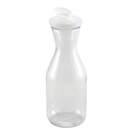 Winco 1.5 Liter Polycarbonate Decanter with Lid